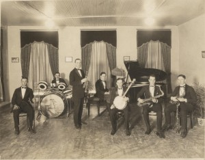 Nappy Lamare (banjo) with Johnny Bayersdorffer's Band. Courtesy Hogan Jazz Archive, Tulane University.