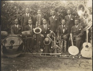 Sidney Pflueger (banjo) with the Louisiana Shakers. Courtesy Hogan Jazz Archive, Tulane University.