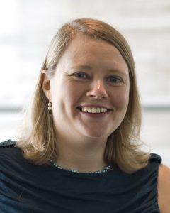Elinor Karlsson headshot