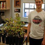 June2106: Saul Yanuck harvesting Populus mycorrhizae