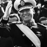 Juan_Peron_con_banda_de_presidente