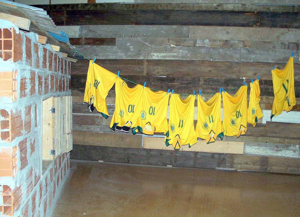 WLANL_-_elefteria1_-_Favela_and_'Canary'_soccer_shirts,_Brazil_Contemporary_Rotterdam_(05-30-09_until_08-23-09)