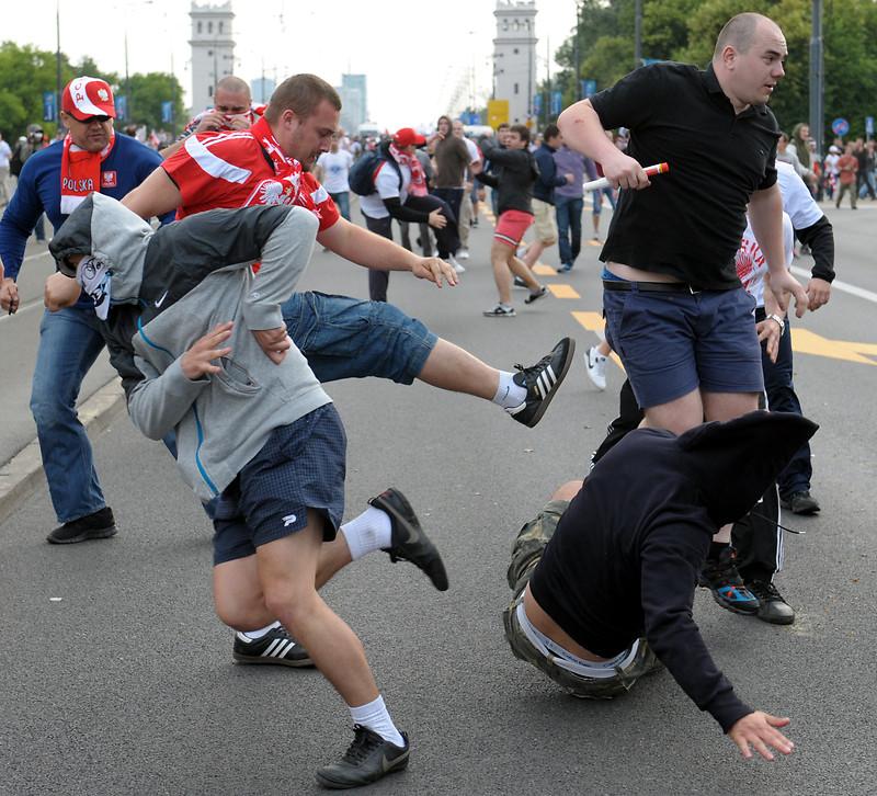 https://sites.duke.edu/wcwp/files/2016/04/russianpolishfans.jpg